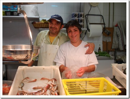 Plaza - Fishmongers Manolo and Puri