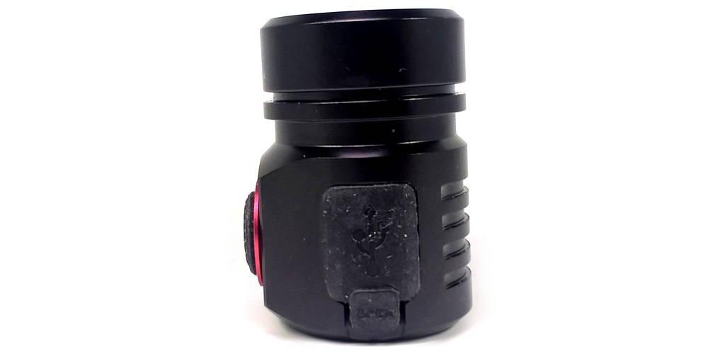 Nitenumen H01 töltőnyílás