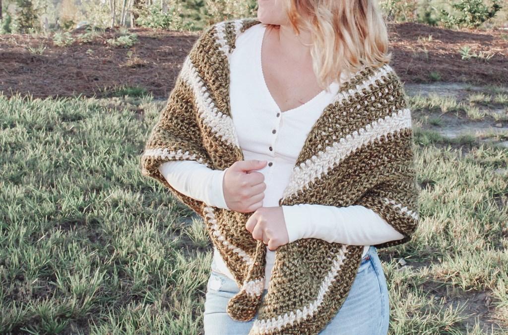 The demelza crochet shawl