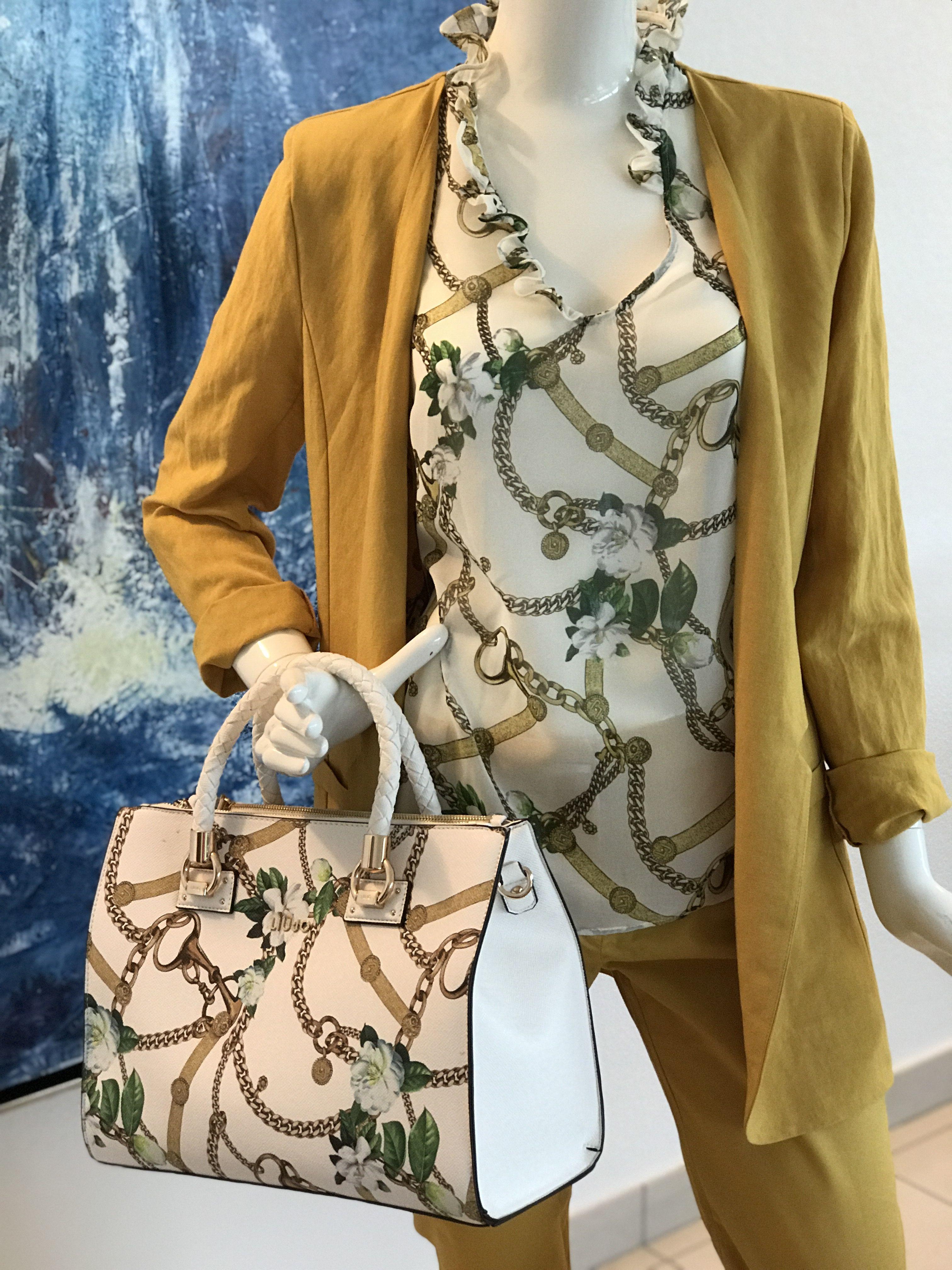 Come Abbinare Il Senape un outfit all'insegna del giallo senape – elena camponovo