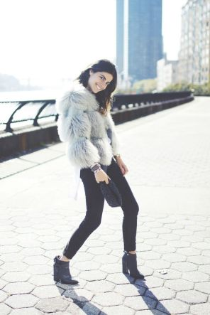 leandra medine man repeller 7