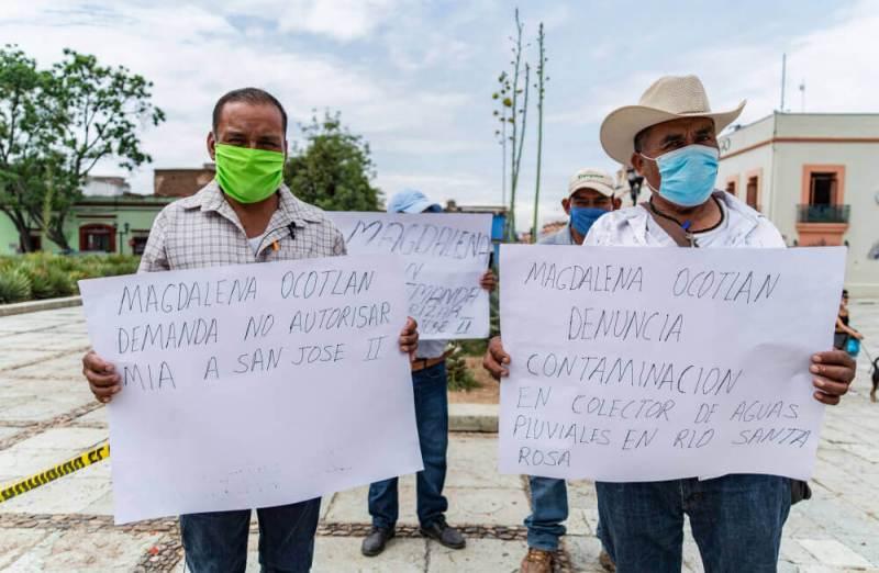 Autoridades tradicionales de Magdalena Ocotlán