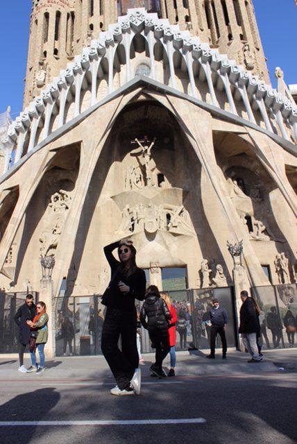 Mini guida per un turista a Barcellona: cosa vedere e dove alloggiare.