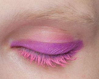 Pink lashes - pinterest.com