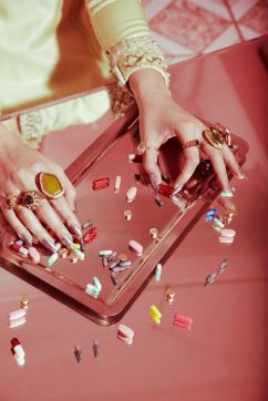 VALLEY OF THE DOLLS PILL POPPING NAILS BEAUTY SHOOT | Jamie Nelson Beauty & Fashion Photographer