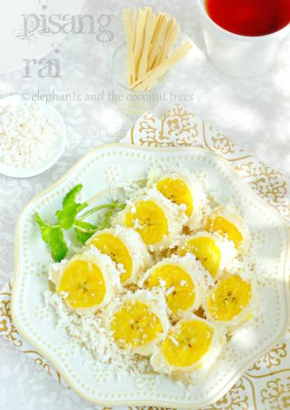 Thumbnail for Pisang Rai / Steamed plantain with coconut / Balinese Cuisine
