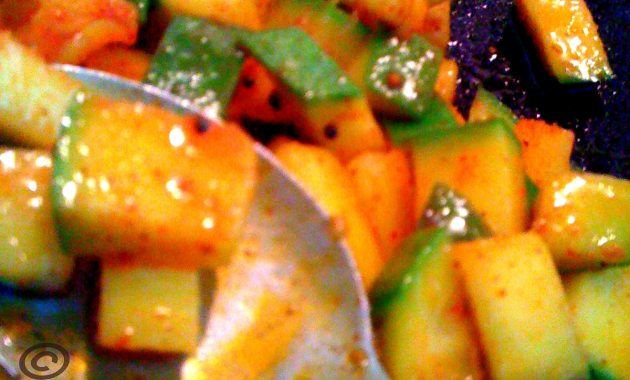 instant mango pickle kerala sadhya recipe