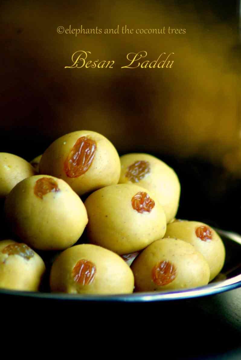 besan laddu / Chick pea flour balls / easy diwali sweet