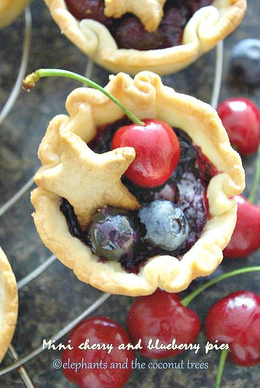 Mini  fruit pie,Baked goods