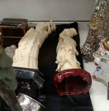 Ivory carvings for sale in Baltimore, MD, in 2015. (photo by Heidi Osterman)