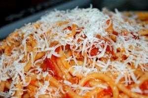 pasta-allamatriciana-con-pancetta