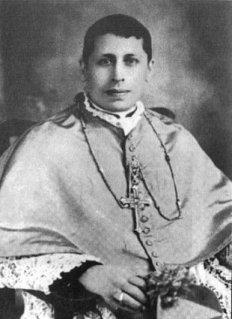 Monseñor Victor Manuel Sanabria Martínez