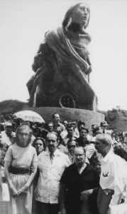 Inauguración del Monumento a los Caídos