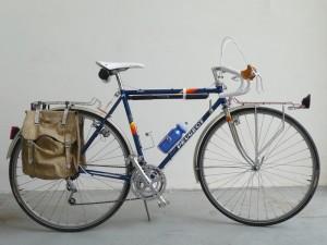 0833 Peugeot Anjou 058