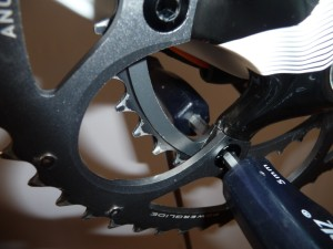 1133 Revisione guarnitura Sram Force 48