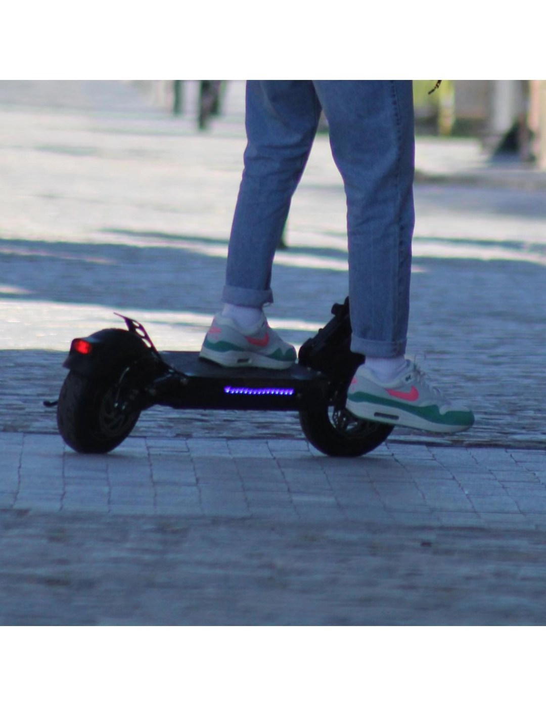 Patinete eléctrico smartgyro speedway v20 luces