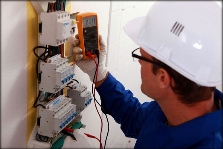 Eletricista na Praia Grande
