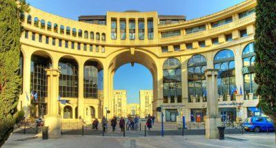 Utazás lakóautóval Montpellier - quartier Antigone
