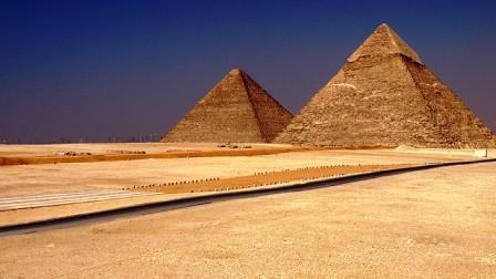 Legek útjai - Legrégebbi út- Giza, Egyiptom