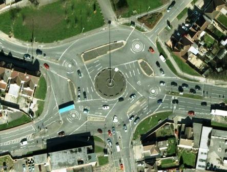 A legbonyolultabb kereszteződés - Magic Roundabout, Swindon, Anglia, Egyesült Királyság
