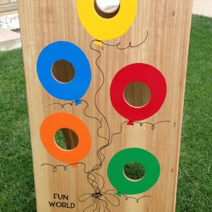 balloons bean bag toss game