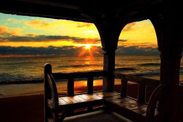 sunrise-977644_640