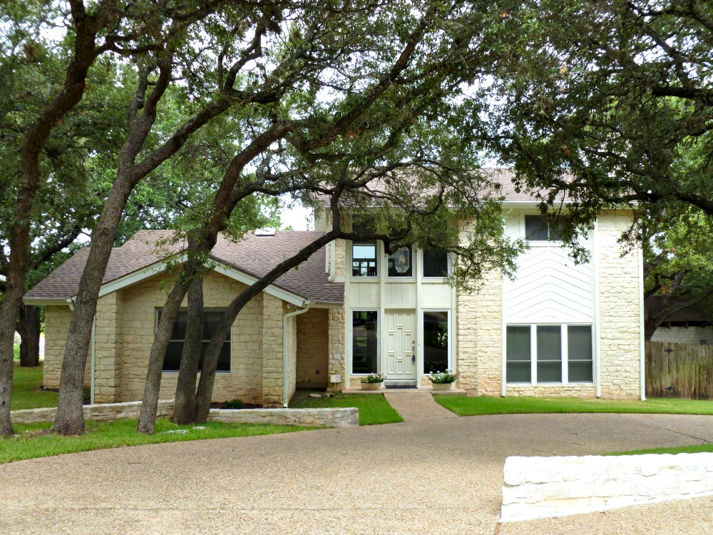 austin neighborhoods lowest property tax rate best schools Great Hills