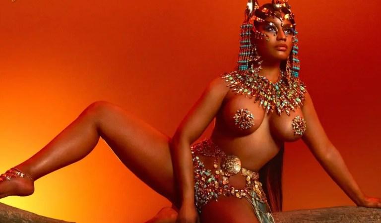 Nicki Minaj mostró su gran trasero con este ajustado body ??