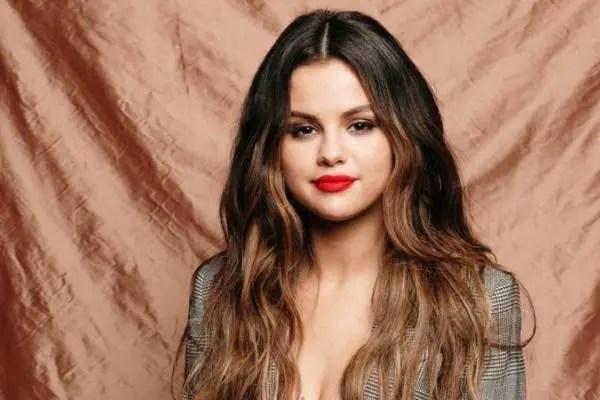"""Selena Gomez podría retirarse de la música tras el estreno de """"Revelación"""" 💿🌹"""