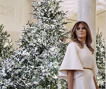 Melania Trump presentó el árbol de navidad de la Casa Blanca 🎄🏛
