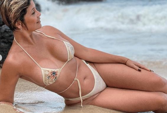 La señora más sexy de Venezuela cumplirá 50 años y esta foto deja claro que sigue estando divina