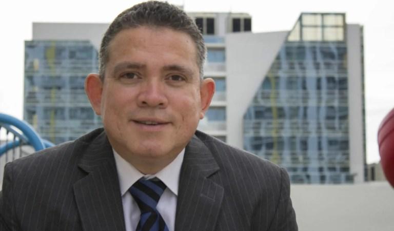 """Robert Morillo presenta """"MetaConceptos, enfoque de la PsicoLingüística"""", su tercer libro en LatinoAmérica 📕🌎"""