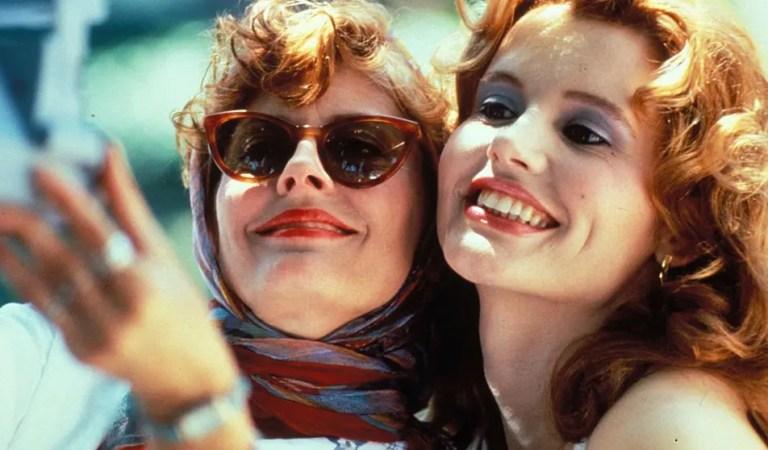 Susan Sarandon y Geena Davis se reúnen en el coche original para el aniversario de Thelma & Louise