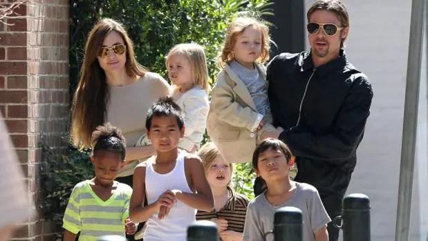 No da su brazo a torcer: Angelina Jolie insiste en que 3 de sus hijos declaren en contra de Brad Pitt 😳😔