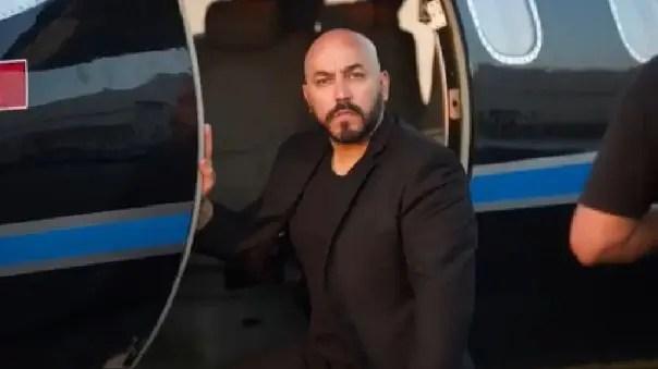 En blanco de críticas: Lupillo Rivera vociferó que él se «comió primero» a Belinda 😓🙃