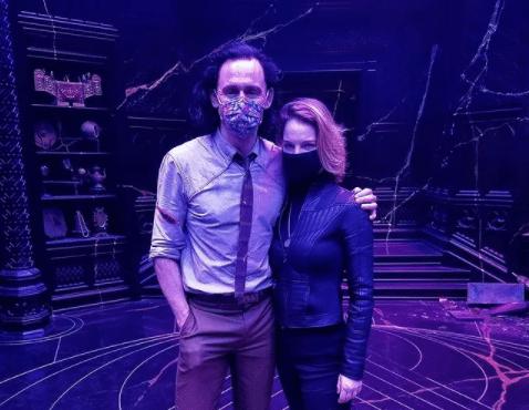 Un miembro del equipo de Loki comparte una dulce historia sobre Tom Hiddleston en el set