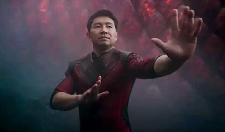 Shang-Chi se coloca en el primer puesto de la taquilla por tercer fin de semana