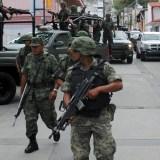 AMLO presenta reforma que permite al Ejército a vigilar calles y detener civiles
