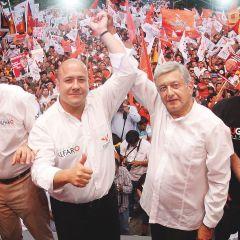 """Acuerdan AMLO y gobernadores que """"superdelegados"""" no estén a cargo de la seguridad"""