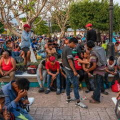 """Gobierno Federal suspende """"programa paisano"""" y da apoyos a migrantes centroamericanos"""