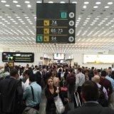 Gobierno busca aumentar 91% el impuesto a quienes vuelan fuera de México