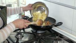 Bacalao con patatas y alcachofas3