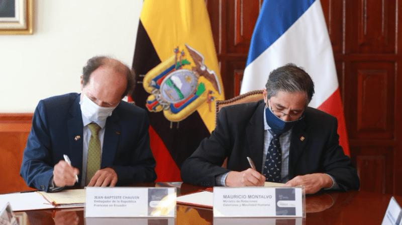 Francia facilitará emisión de visas a jóvenes ecuatorianos para trabajar o vacacionar