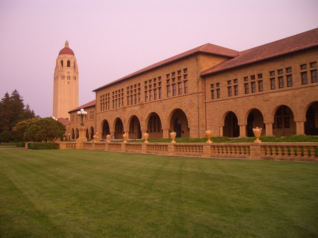 stanford_university_-_hoover_tower_1-1