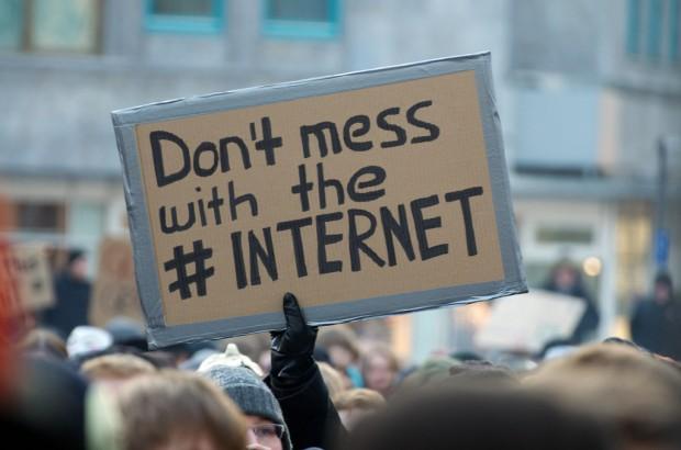 6858377005 738233054e b 620x410 El Parlamento Europeo rechazó ACTA