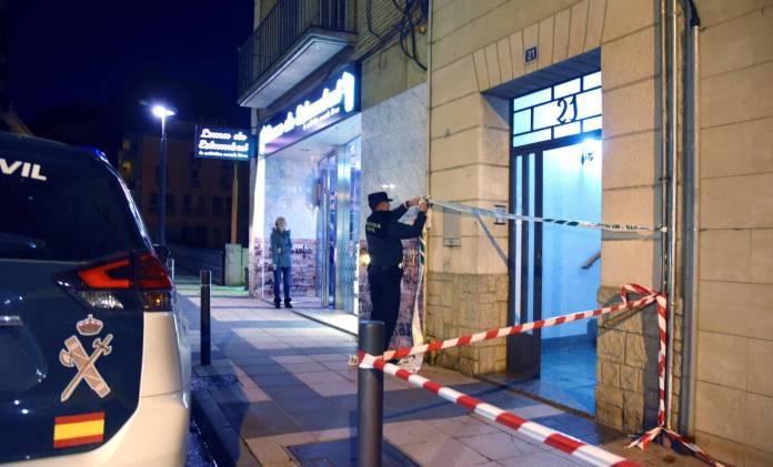 Muere una mujer apuñalada por su expareja frente a sus dos hijos menores en Huesca