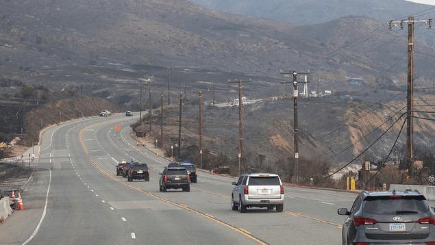 Nuevo golpe para California: los ríos de lodo llegan después del devastador incendio