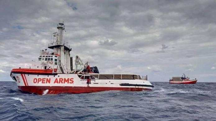 El pesquero «Madre Loreto» pone rumbo a Malta tras 11 días a la deriva
