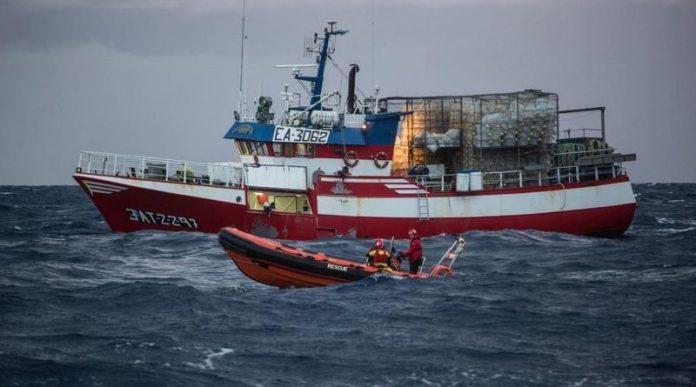 Malta trasladará a España los inmigrantes rescatados por el pesquero Santa Pola