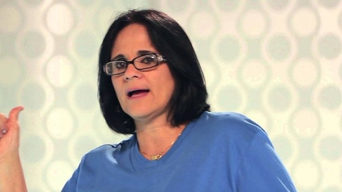 Damares Alves, ministra de la Familia de Brasil: «Los niños visten de azul y las niñas de rosa»
